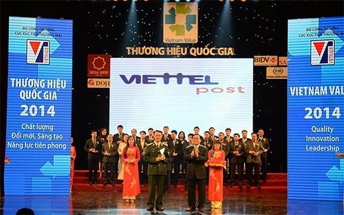 """Tập đoàn Viễn thông Quân đội đẩy mạnh thi đua: """"Vì một Viettel toàn cầu"""""""