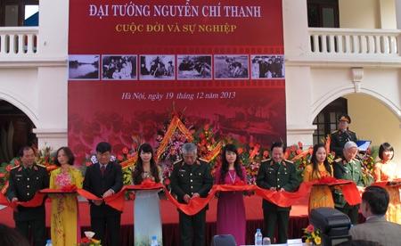 Trưng bày gần 200 tài liệu, hiện vật, hình ảnh về Đại tướng Nguyễn Chí Thanh
