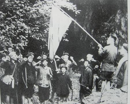Sáng mãi bài học đoàn kết từ ngày đầu thành lập Đảng