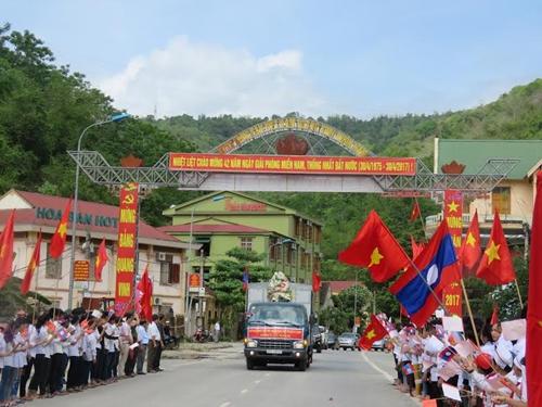 Nghệ An: Đón 107 hài cốt liệt sĩ quân tình nguyện Việt Nam ở Lào về với đất mẹ