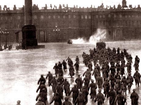 Cách mạng Tháng Mười qua những bức ảnh lịch sử