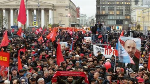 Diễu hành quy mô lớn kỷ niệm 100 năm Cách mạng Tháng Mười tại thủ đô Moscow