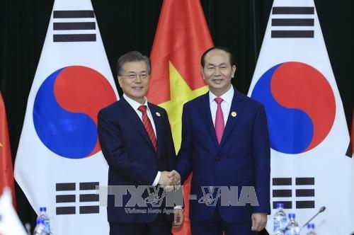 Chủ tịch nước Trần Đại Quang hội kiến Tổng thống Hàn Quốc Moon Jae-in