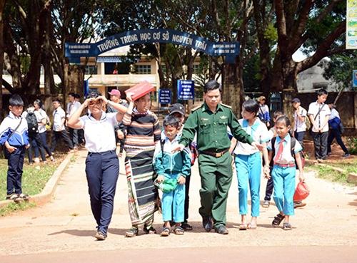 Những đứa con nuôi của Bộ đội Biên phòng