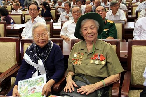 Họp mặt nhân chứng và con liệt sĩ hy sinh trong Cuộc Tổng tiến công và nổi dậy Xuân Mậu Thân 1968