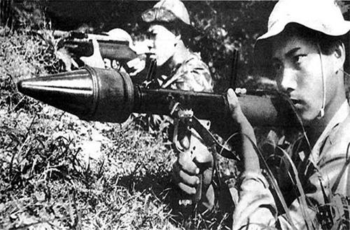 Cải tiến và bảo đảm vũ khí trang bị kỹ thuật cho chiến trường