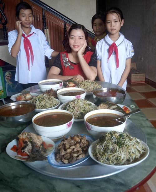 Cô giáo Hạnh Nguyên và những học sinh nghèo