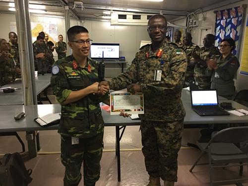 Rạng danh sĩ quan Việt Nam ở Trung Phi
