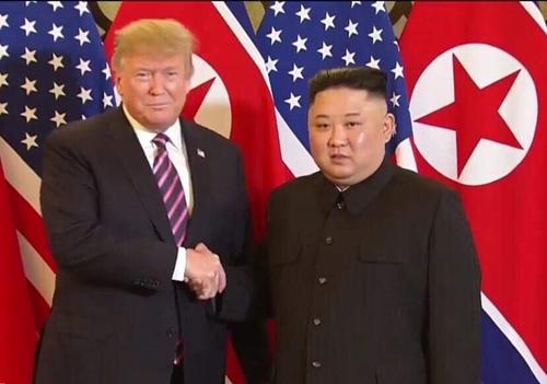 Tổng thống Hoa Kỳ và Chủ tịch Triều Tiên gặp mặt, ăn tối tại khách sạn Metropole, Hà Nội