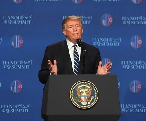 Tổng thống Donald Trump họp báo sau Hội nghị thượng đỉnh Hoa Kỳ-Triều Tiên: Hai bên còn khác biệt về tầm nhìn
