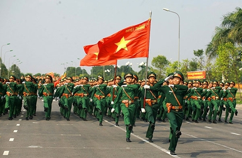 Phát huy truyền thống anh hùng, xây dựng Quân đội nhân dân Việt Nam vững mạnh làm nòng cốt cho sự nghiệp quốc phòng toàn dân