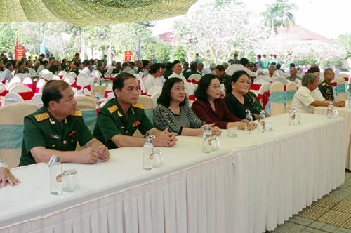 Bộ CHQS tỉnh Tây Ninh họp mặt kỷ niệm 75 năm Ngày thành lập Quân đội nhân dân