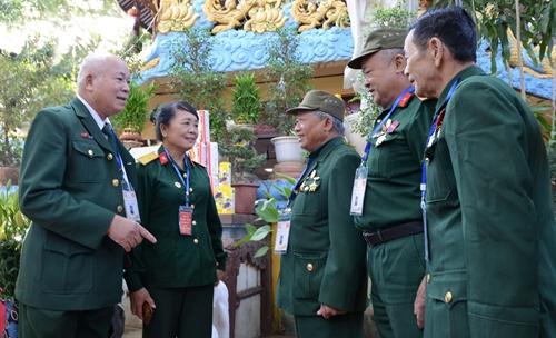 Mãi sắt son tình nghĩa Việt - Lào
