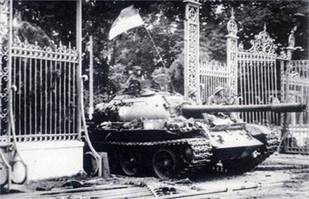 Ngày 30-4-1975, Chiến dịch Hồ Chí Minh lịch sử toàn thắng