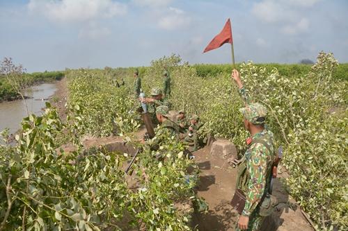 Phát huy vai trò nòng cốt của quân đội trong xây dựng và hoạt động khu vực phòng thủ