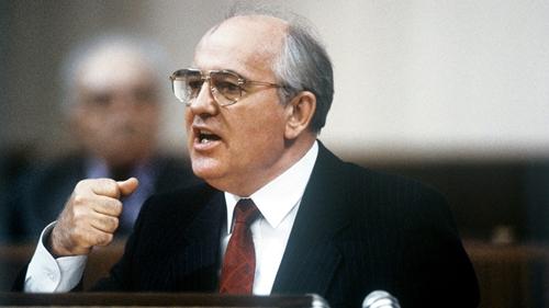 Liên Xô sụp đổ và vai trò của Mikhail Gorbachev