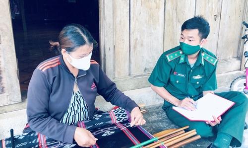 Nhật ký ghi từ biên giới: Nông dân nhường đất canh tác cho bộ đội lập chốt chống dịch