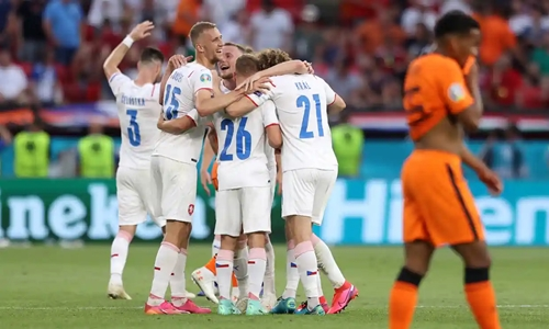 Sai lầm của Matthijs de Ligt khiến ĐT Hà Lan dừng bước ở Euro 2020