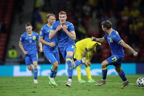 """Hạ gục """"ngựa ô"""" Thụy Điển, Ukraine xuất sắc giành vé tứ kết cuối cùng"""