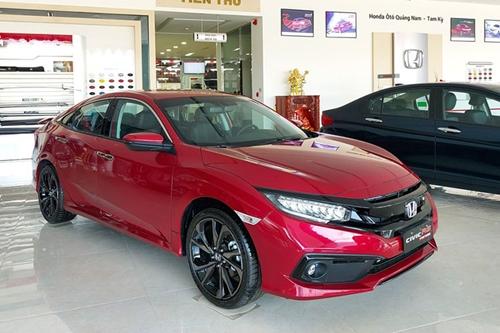 Honda Civic bất ngờ giảm giá tới 150 triệu đồng tại Việt Nam