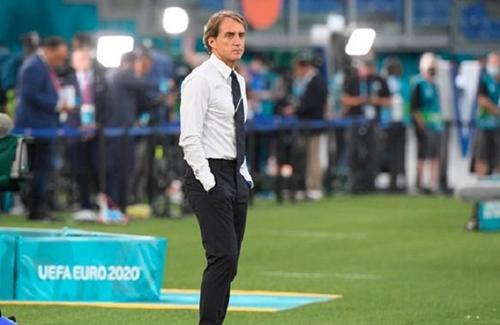 Mancini - người phục hưng bóng đá Italia