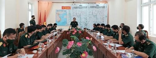 Trung tướng Phùng Sĩ Tấn kiểm tra công tác phòng, chống dịch Covid-19 tại Đồng Tháp