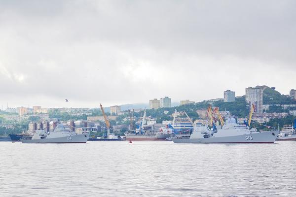 Biên đội tàu Hải quân Việt Nam tham dự Lễ duyệt binh tại Liên bang Nga