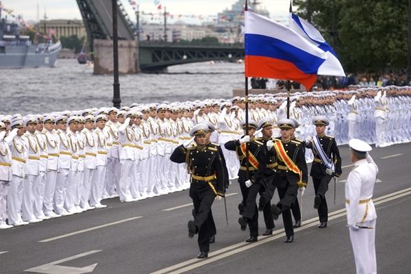 Liên bang Nga duyệt binh kỷ niệm 325 năm thành lập hải quân