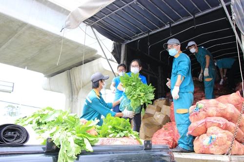 Vận động doanh nghiệp hỗ trợ lương thực, thực phẩm cho những hoàn cảnh khó khăn