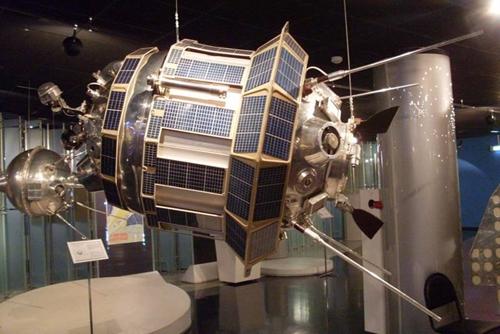Ly kỳ chuyện CIA đánh cắp vệ tinh của Liên Xô
