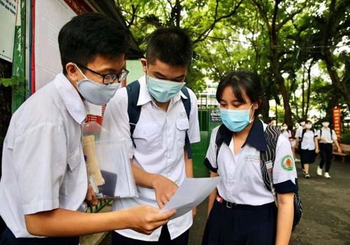 Đặt mục tiêu 100% học sinh, sinh viên tham gia bảo hiểm y tế