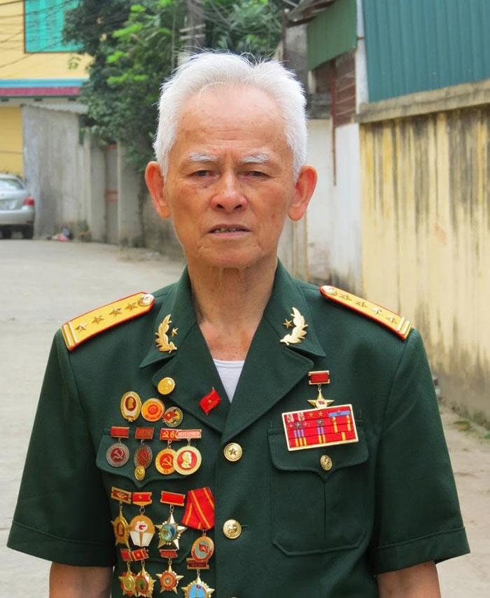 Anh hùng Phùng Văn Khầu, người lính nhất mực trung thành đã ra đi!