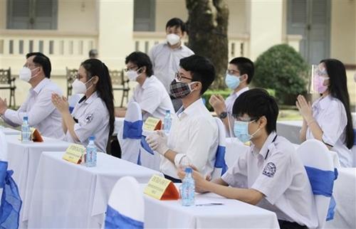 TP Hồ Chí Minh giãn thu và hỗ trợ học phí năm học 2021 - 2022