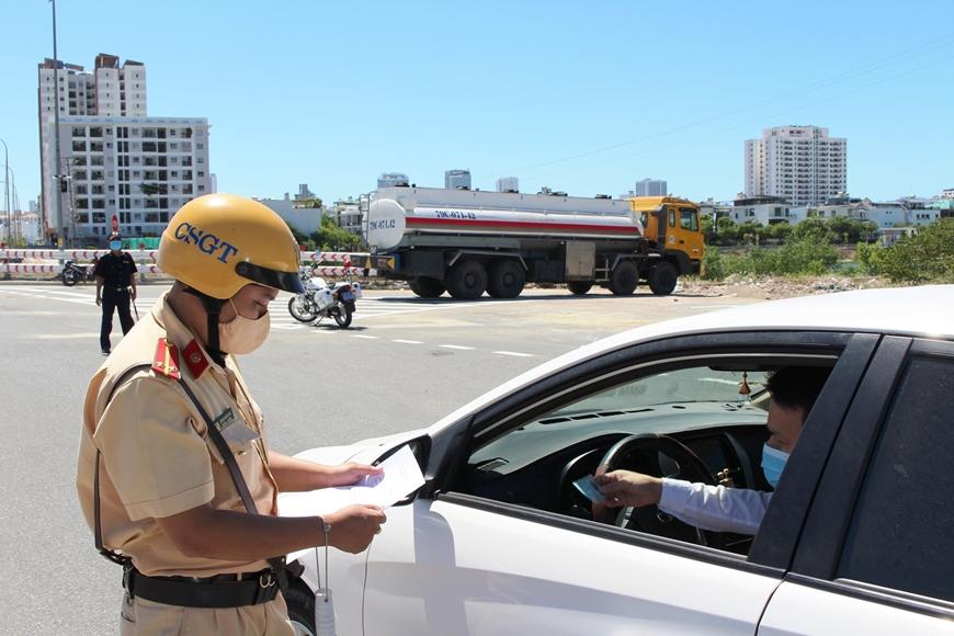 Gia tăng các cuộc gọi lừa đảo nộp phạt vi phạm giao thông