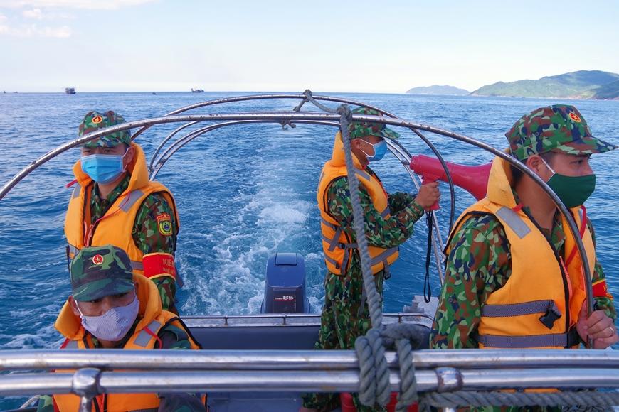 Gần 2.000 tàu, thuyền tại Thừa Thiên Huế đã vào bờ tránh trú