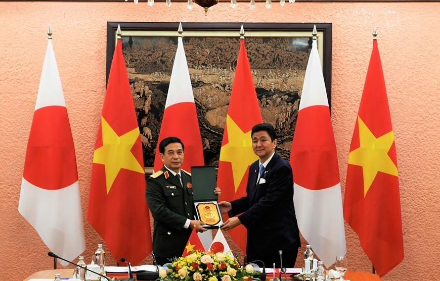 Bộ trưởng Bộ Quốc phòng Phan Văn Giang đón, hội đàm với Bộ trưởng Bộ Quốc phòng Nhật Bản