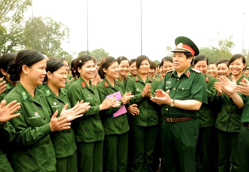 Vị tướng quân tin, dân mến
