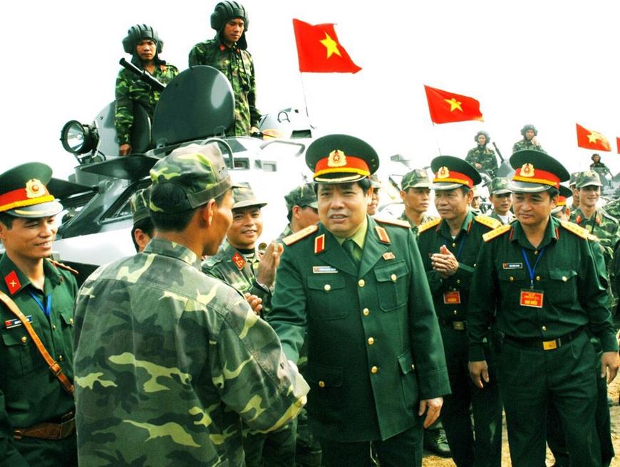 Xây dựng Quân đội nhân dân cách mạng, chính quy, tinh nhuệ, từng bước hiện đại dưới ánh sáng của Đảng (*)