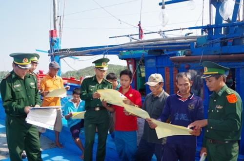 Tuyên truyền, giáo dục pháp luật cho hơn 12.000 lượt ngư dân