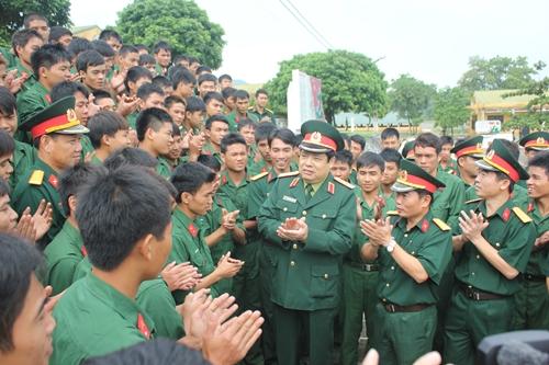 Nguyện noi gương thủ trưởng Phùng Quang Thanh