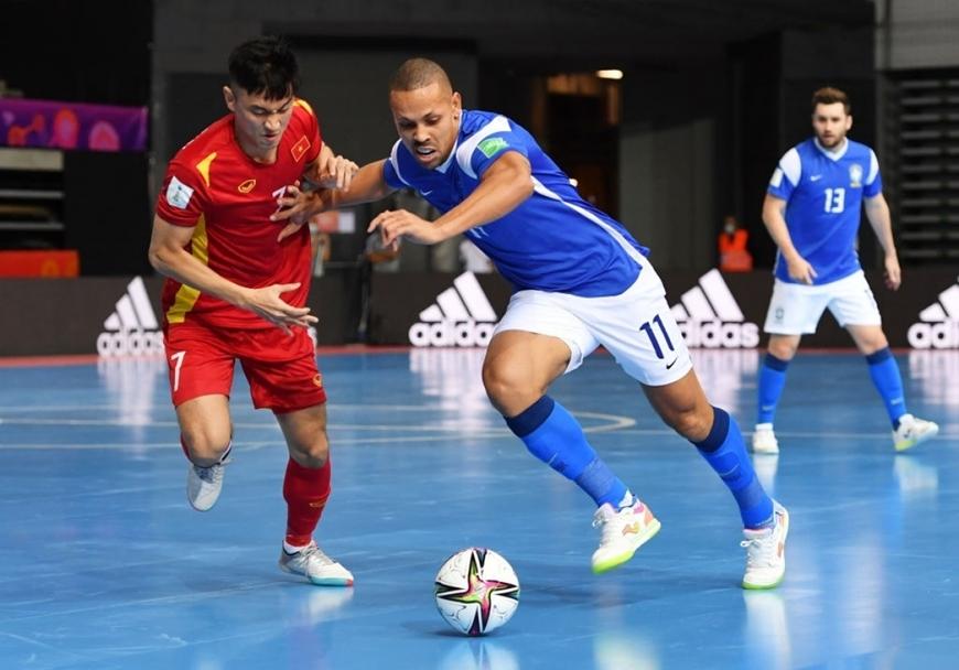 Đội tuyển futsal Việt Nam không thể tạo nên bất ngờ trước Brazil