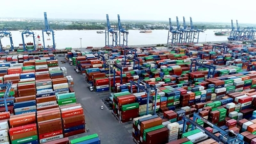Tổng trị giá xuất nhập khẩu hàng hóa tháng 8 đạt 54,57 tỷ USD