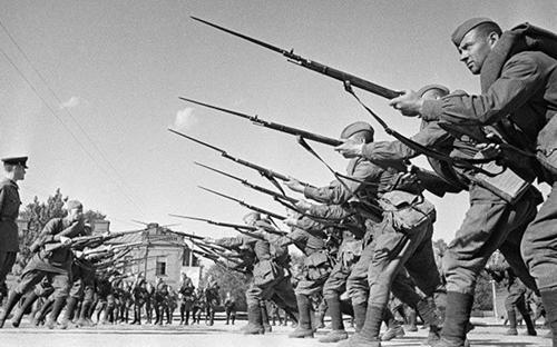 Những thủ pháp được lính Hồng quân sử dụng trong chiến đấu giáp lá cà