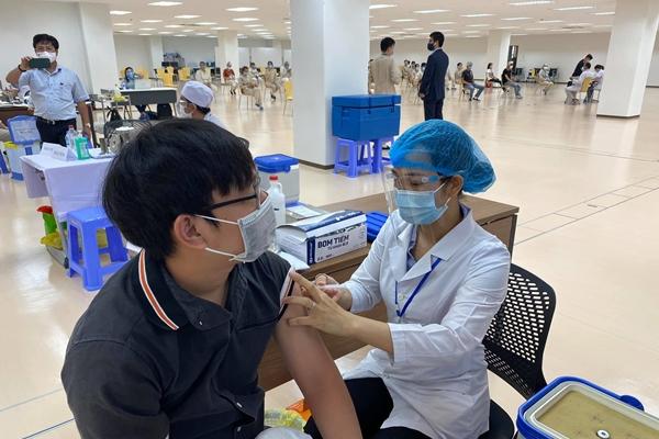 Tiêm vaccine Covid-19 nhưng chưa được xác nhận Bộ Y tế đưa ra các giải pháp khắc phục
