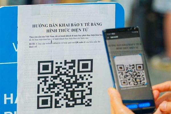 Số lượng điểm quét mã QR đi đường tại Hà Nội tăng 4,5 lần sau 1 ngày