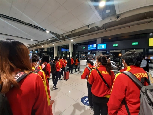 Đội tuyển nữ Việt Nam đã có mặt tại Tajikistan