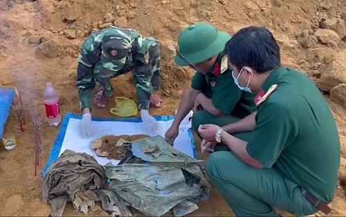 Bộ CHQS tỉnh Thừa Thiên Huế: Cất bốc, quy tập hài cốt liệt sĩ