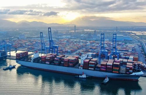 Khơi thông luồng hàng hải để đón tàu trọng tải lớn
