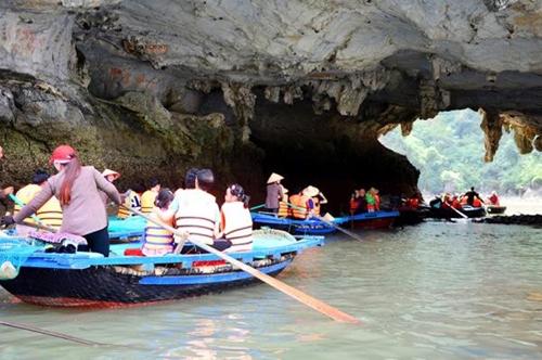 Quảng Ninh phấn đấu đón 2 triệu lượt du khách trong quý IV năm 2021