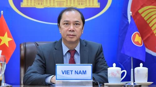 Việt Nam tham dự Hội nghị tham vấn chung ASEAN